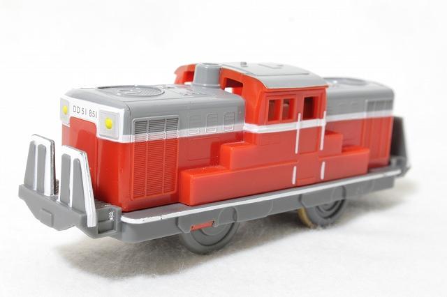 貨物列車K-03-DD51形851号機